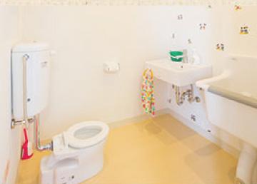 託児所のある美容室 子ども用トイレ